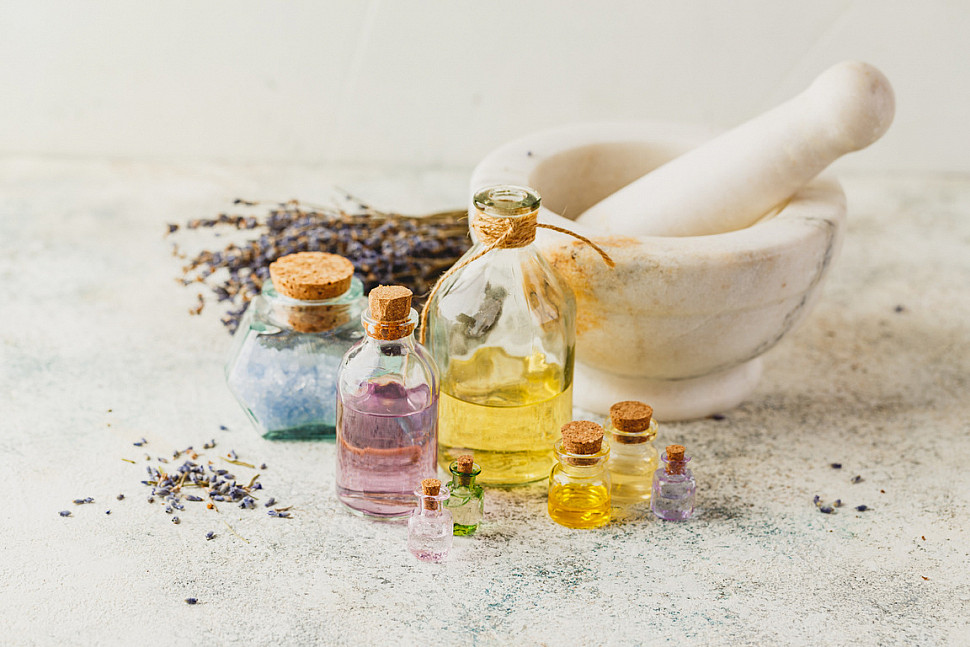 Ингредиенты для приготовление духов